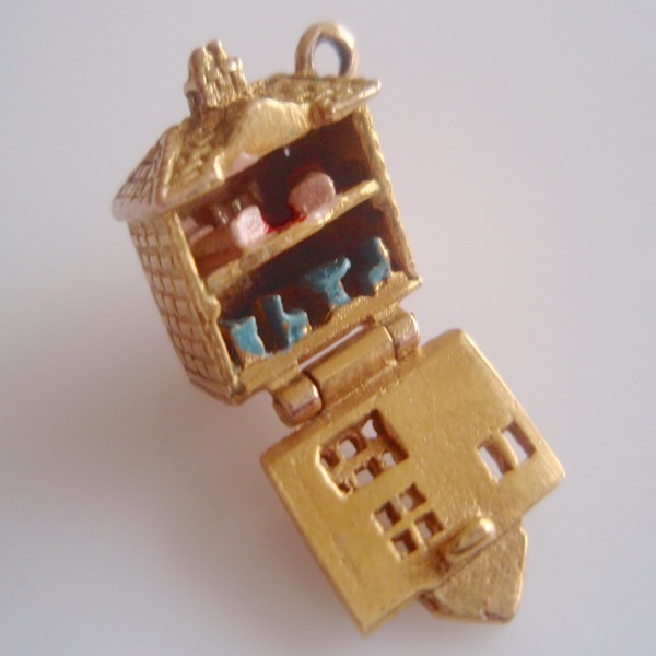 9ct Gold Dolls House Enamel Charm Opens