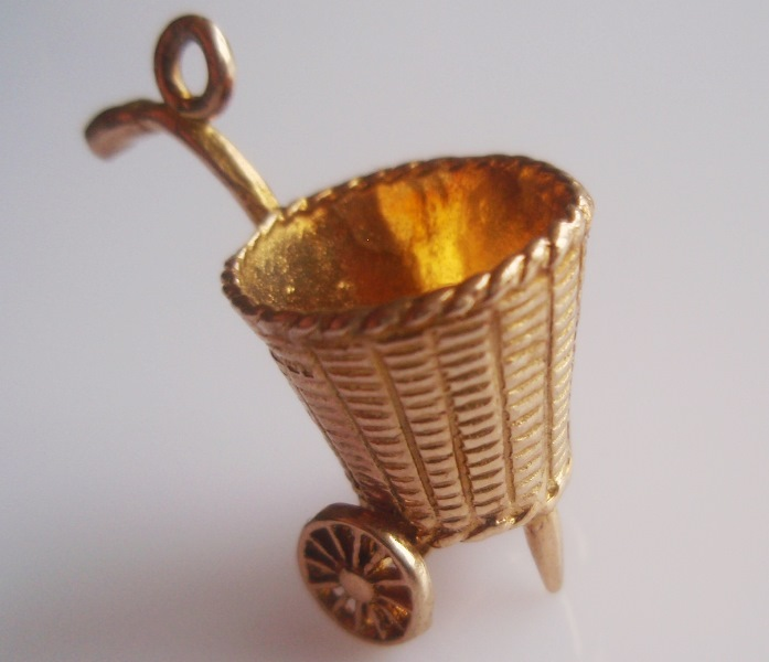 Large 9ct Gold Shopping Basket on Wheels Moving Charm